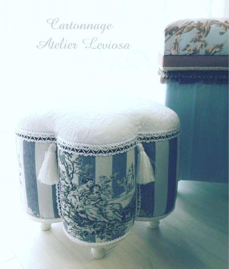 カルトナージュで家具・フラワースツール画像1