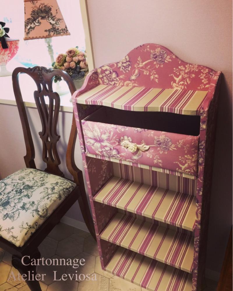 カルトナージュで家具・DIYでシェルフ画像